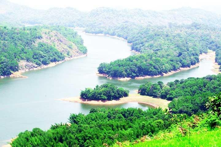 Mankkayam Falls Ponmudi