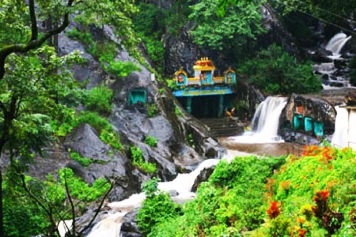 Kalhatti Falls
