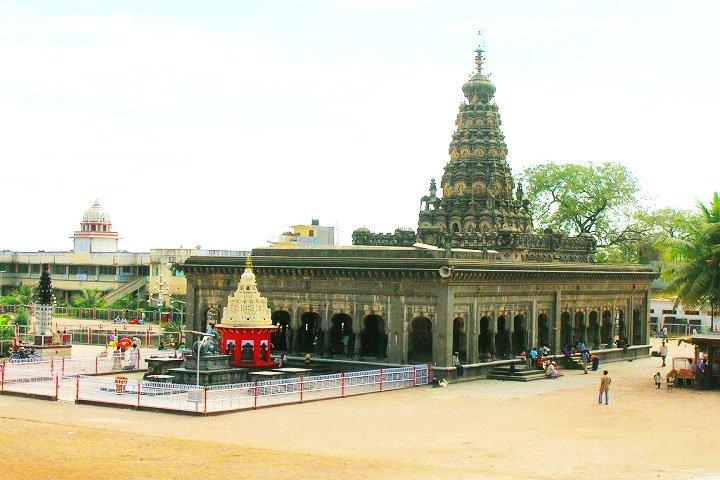 Sharana Basaveshwar Temple
