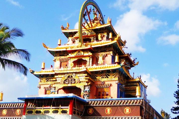 Namdroling Monastery, Tibetan GOLDEN TEMPLE