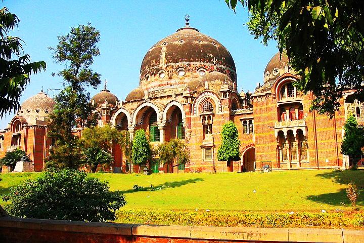 Maharaja Sayajirao University