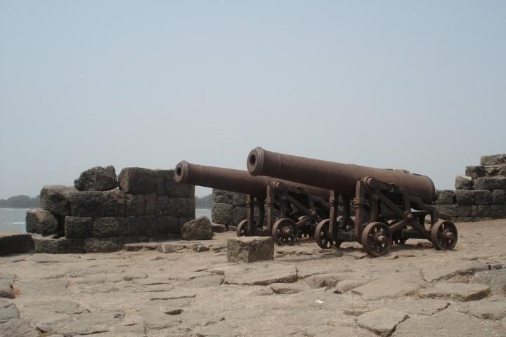 Kolaba Fort