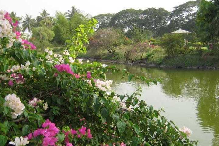 Vanganga Lake Garden
