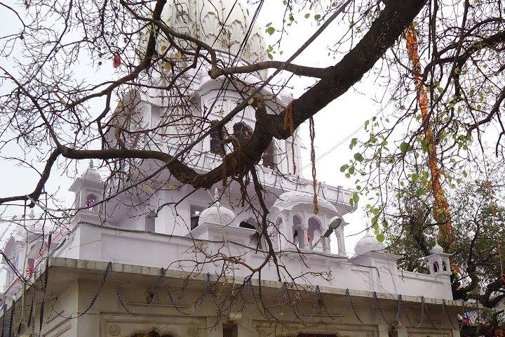 Dera Baba Vadbhag Singh Gurudwara