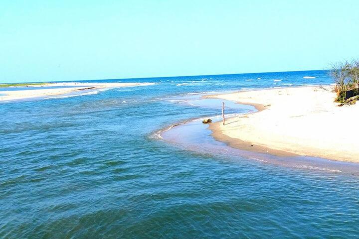 PARADISE BEACH Mahe